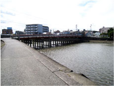 江戸橋(現在)